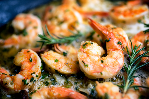Cooked「Jumbo Shrimp Scampi Sauteeing in Butter and Olive Oil」:スマホ壁紙(1)