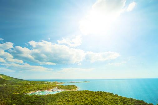 明るい色「海景」:スマホ壁紙(14)