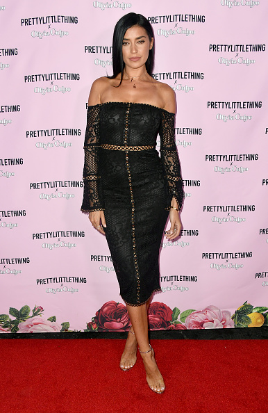 Smiling「PrettyLittleThing X Olivia Culpo Launch - Arrivals」:写真・画像(16)[壁紙.com]