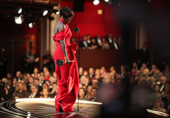 Best supporting actress prize「89th Annual Academy Awards - Backstage」:写真・画像(8)[壁紙.com]