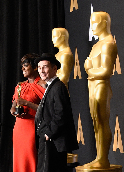 Niwaka Fine Jewelry「89th Annual Academy Awards - Press Room」:写真・画像(6)[壁紙.com]