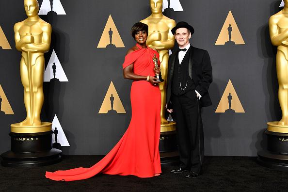 Niwaka Fine Jewelry「89th Annual Academy Awards - Press Room」:写真・画像(17)[壁紙.com]
