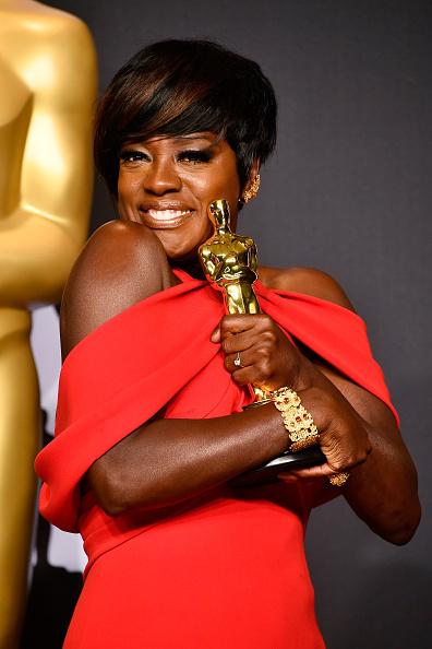 Academy Awards「89th Annual Academy Awards - Press Room」:写真・画像(9)[壁紙.com]