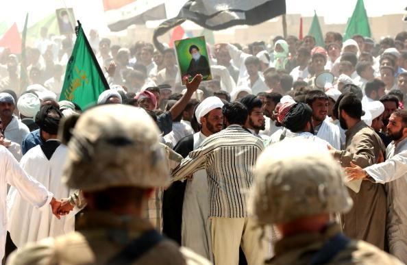 Iraqi Governing council「Shi'ite Muslims Hold Anti-U.S. Protest」:写真・画像(17)[壁紙.com]