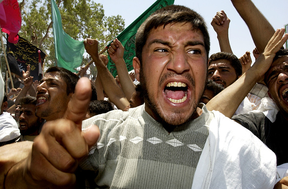 Iraqi Governing council「Shi'ite Muslims Hold Anti-U.S. Protest」:写真・画像(9)[壁紙.com]