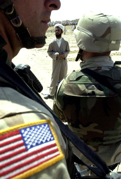 Iraqi Governing council「Shi'ite Muslims Hold Anti-U.S. Protest」:写真・画像(10)[壁紙.com]
