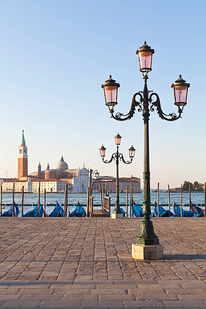 Gondolas and San Giorgio Maggiore, Venice:スマホ壁紙(壁紙.com)