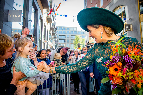 Utrecht「Queen Maxima Of the Netherlands Celebrates 20th Anniversary Of Leidsche Rijn」:写真・画像(17)[壁紙.com]