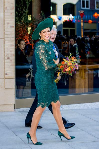 Utrecht「Queen Maxima Of the Netherlands Celebrates 20th Anniversary Of Leidsche Rijn」:写真・画像(3)[壁紙.com]