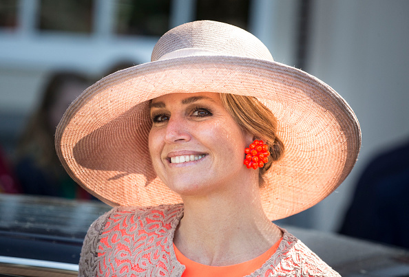 Queen Máxima「King Willem-Alexander and Queen Maxima Of The Netherlands Tour Friesland Province」:写真・画像(8)[壁紙.com]