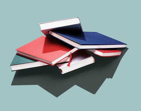 Diary「Stacks of notebooks」:スマホ壁紙(6)