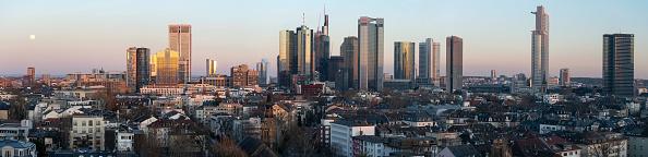 全景「Commerzbank And Deutsche Bank To Possibly Merge」:写真・画像(11)[壁紙.com]