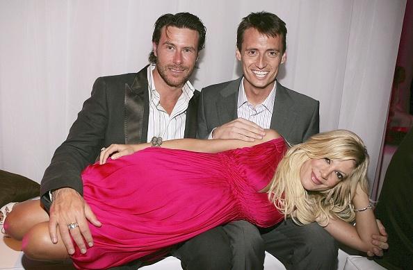 Hot Pink「US Weekly Hot Hollywood Awards - Inside」:写真・画像(8)[壁紙.com]