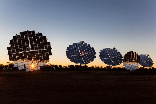 Queensland「Windorah Solar Farm」:スマホ壁紙(8)