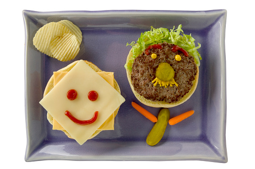 Cheese「Platter with face made from hamburger」:スマホ壁紙(3)