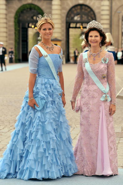 青「Wedding Of Swedish Crown Princess Victoria & Daniel Westling: Arrivals」:写真・画像(11)[壁紙.com]