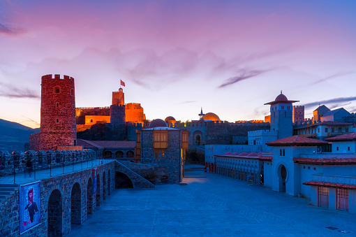 ピンク色「Rabati Castle, Akhaltsikhe」:スマホ壁紙(14)