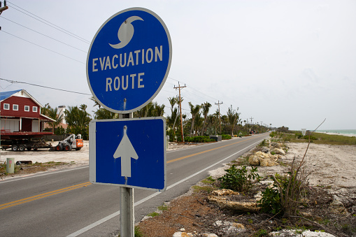 Gulf Coast States「Evacuation Route Sign on Captiva Island」:スマホ壁紙(2)