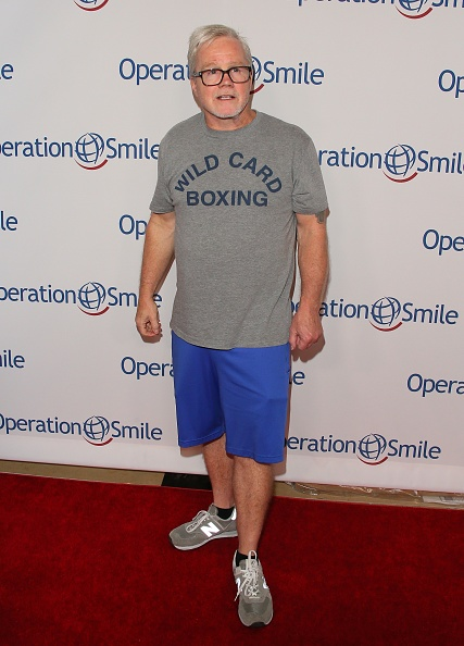 Freddie Roach「Operation Smile's Hollywood Fight Night Hosted By Brooke Burke And Manny Pacquiao」:写真・画像(7)[壁紙.com]