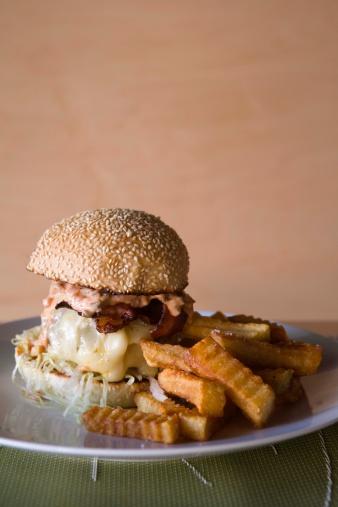 Scalloped - Pattern「Hamburger and fries」:スマホ壁紙(8)