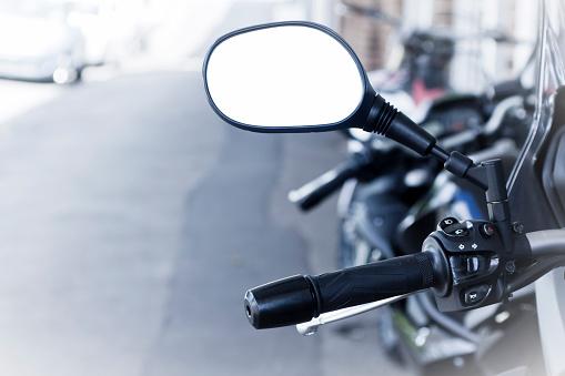 Motorcycle「Closeup motorcycle handlebar with reversing empty mirror, copy space」:スマホ壁紙(19)