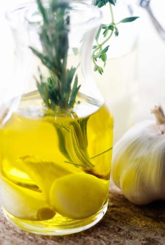Garlic Clove「Garlic and rosemary in olive oil」:スマホ壁紙(15)