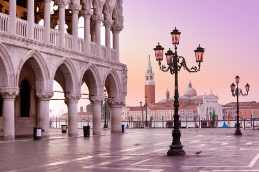 St「Lido and St Marks Square Venice Italy in the morning」:スマホ壁紙(7)
