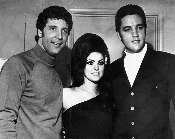 エルヴィス・プレスリー「Elvis Presley」:写真・画像(5)[壁紙.com]