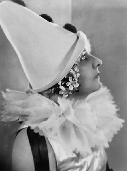 Profile View「Bindly As Pierrot」:写真・画像(16)[壁紙.com]