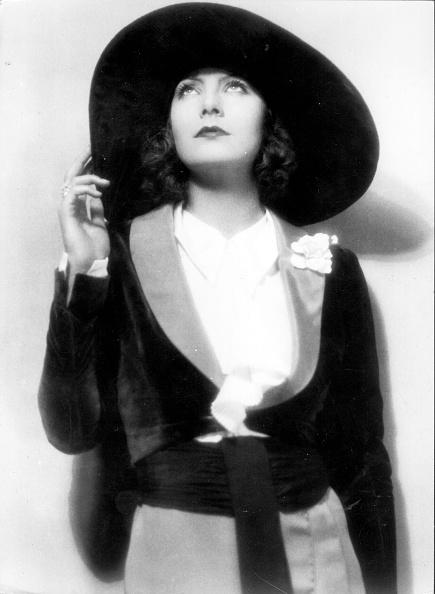 Swedish Culture「Greta Garbo's Hat」:写真・画像(1)[壁紙.com]