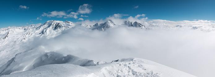 冠雪「3200 m からの絶景」:スマホ壁紙(13)