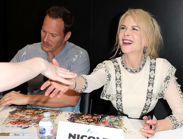 Comic con「Comic-Con International 2018 - DC Entertainment's Warner Bros. Pictures Autograph Signing」:写真・画像(10)[壁紙.com]
