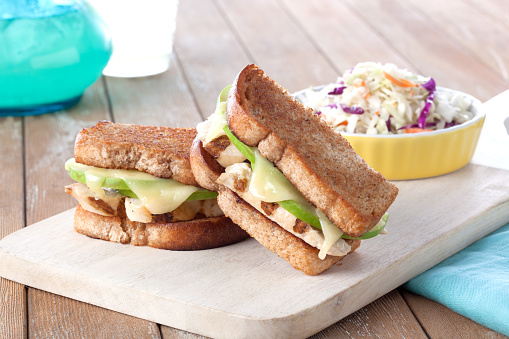 Grilled Chicken Breast「Chicken Apple Sandwich」:スマホ壁紙(1)