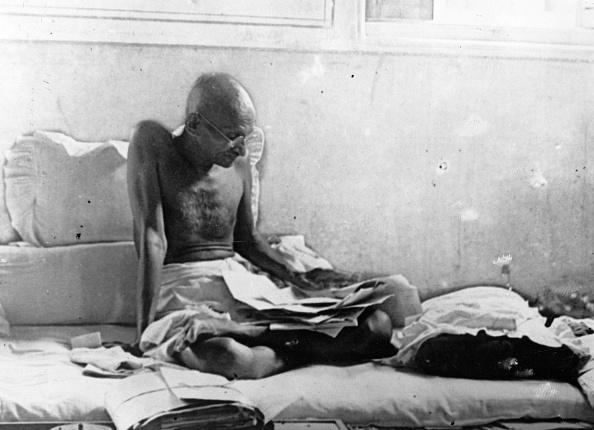 Keystone「Fasting Gandhi」:写真・画像(7)[壁紙.com]