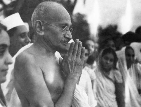 Eyeglasses「Mahatma Gandhi」:写真・画像(4)[壁紙.com]