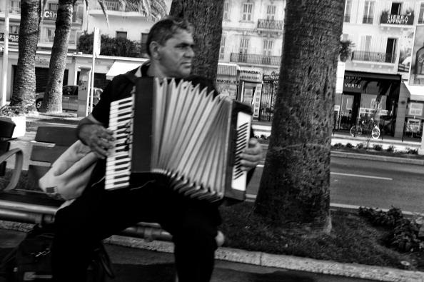 Accordion - Instrument「Around Cannes - Reportage」:写真・画像(1)[壁紙.com]