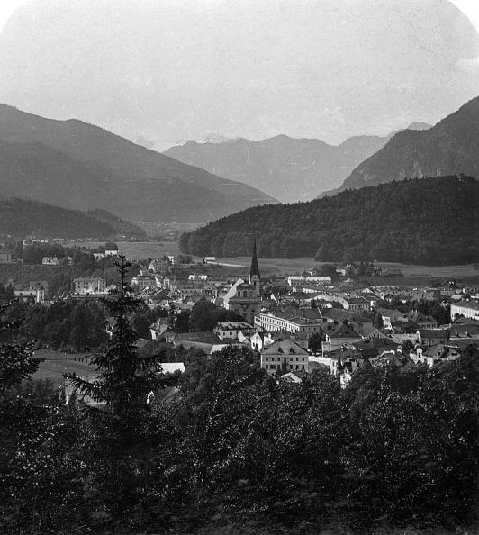 Dachstein Mountains「Bad Ischl, at the foot of Hoher Dachstein, Salzkammergut, Austria, c1900s.Artist: Wurthle & Sons」:写真・画像(12)[壁紙.com]