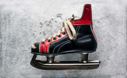 Hockey「Vintage Boys Ice Hockey Skate」:スマホ壁紙(3)