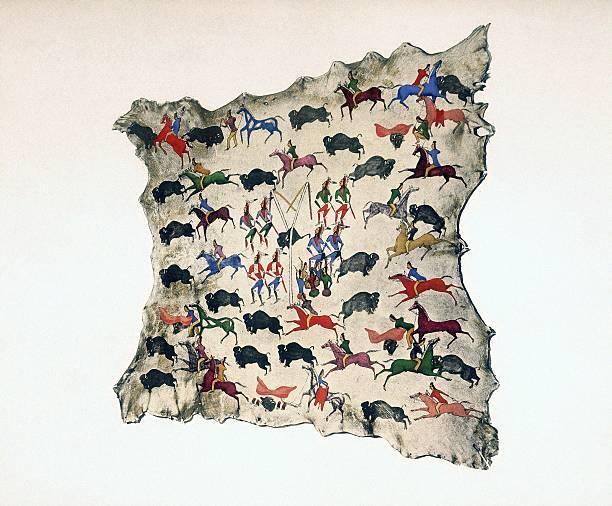 Depiction of bison hunt on moose skin:スマホ壁紙(壁紙.com)