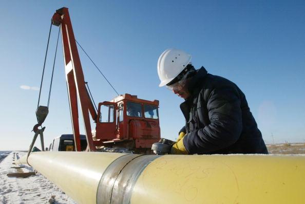 Hardhat「Kazakhstan Oil Industry Is Booming」:写真・画像(14)[壁紙.com]
