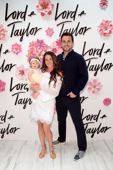 母の日「Jade, Tanner, And Emerson (Emmy) Tolbert Celebrate Mother's Day At Lord & Taylor」:写真・画像(15)[壁紙.com]