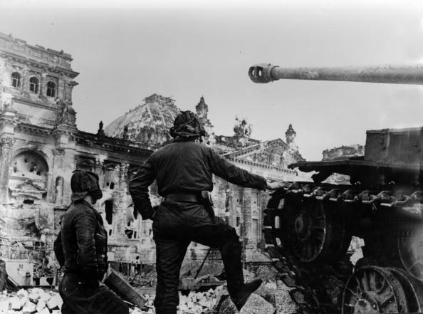 Russian Military「Reichstag Captured」:写真・画像(10)[壁紙.com]