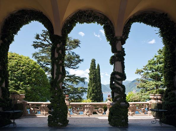 Villa「Villa Del Balbianello In Lenno」:写真・画像(1)[壁紙.com]