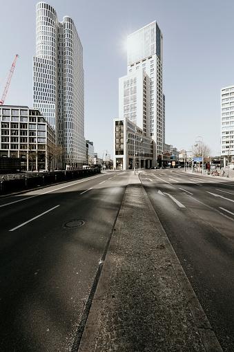 Town Square「Berlin Covid19 shutdown」:スマホ壁紙(6)