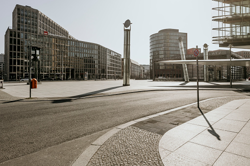 Skyscraper「Berlin Covid19 shutdown postdamer platz」:スマホ壁紙(2)