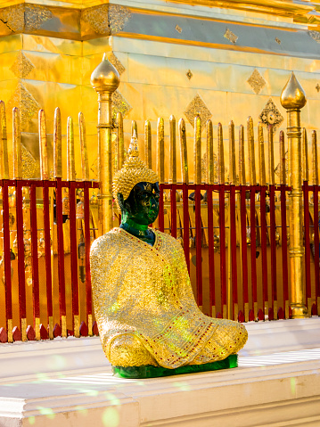 Buddha statue「Emerald Buddha statue at Wat Doi Suthep, Chiang Mai, Thailand」:スマホ壁紙(6)
