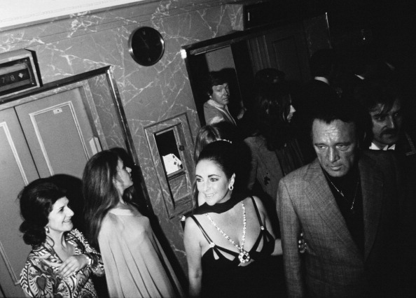 Richard Burton「Taylor And Burton At Dorchester」:写真・画像(14)[壁紙.com]