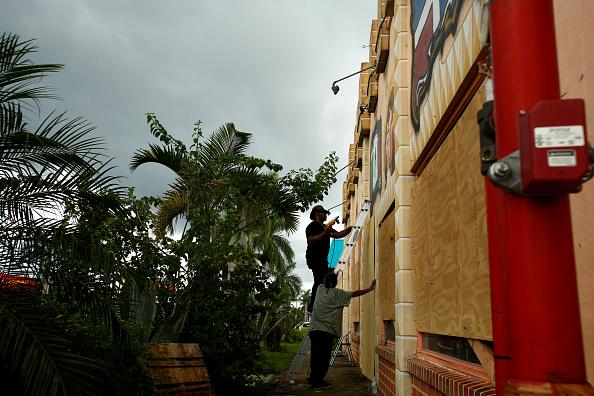 ホセ ロペス「Florida Prepares For Major Hit By Hurricane Irma」:写真・画像(3)[壁紙.com]