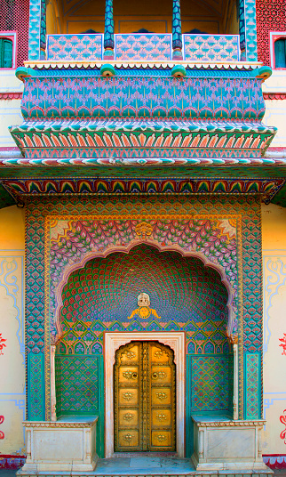 Rajasthan「View of special ornate doorway at palace.」:スマホ壁紙(11)