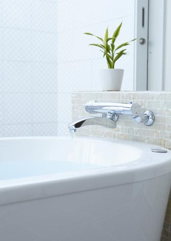 スイセン「Bathtub」:スマホ壁紙(1)
